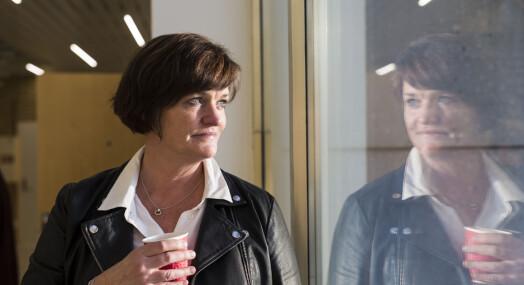 Mette Yvonne Larsen er på kildejakt og har stevnet NRK-journalist Bjørn Olav Nordahl som vitne