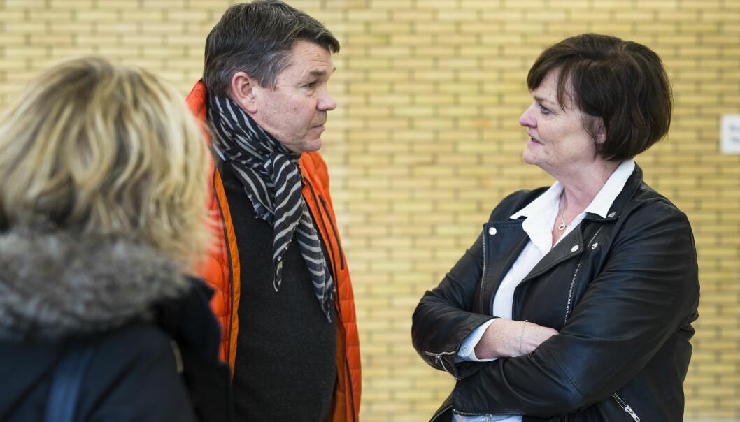 NRK-journalist Bjørn Olav Nordahl ble stevnet som vitne av forsvarer Mette Yvonne Larsen. De møttes i Drammen Tingrett fredag. Foto: Kristine Lindebø