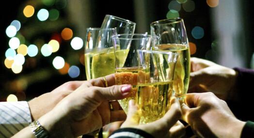– Vil noen ha to glass vin får de det, vil de ha fire får de det