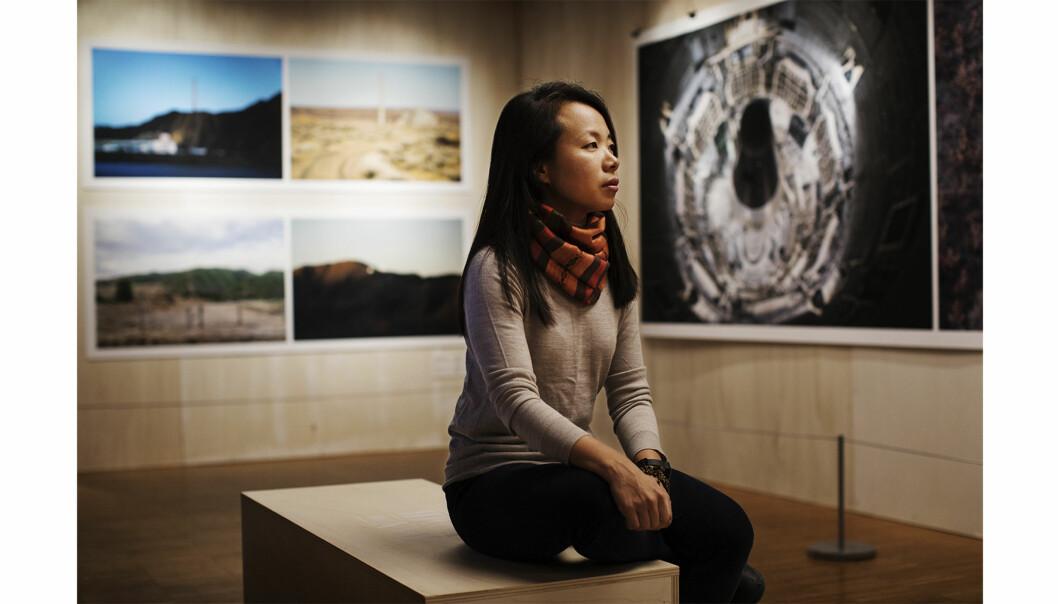 Sim Chi Yin i utstillingen «Fallout» på Nobels Fredssenter. Foto: Andrea Gjestvang