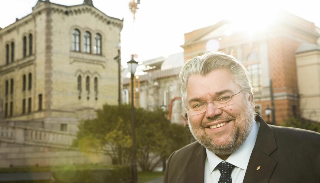 Lisensen i 2019 vil bli rammet om NRK ikke effektiviserer driften med 0,7 prosent neste år, sier mediepolitisk talsperson Morten Wold.