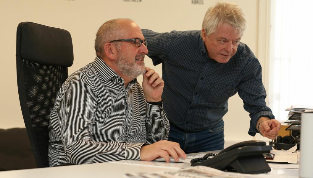 Nea radios redaktør Andreas Reitan (til høyre), her sammen med Nils Kåre Nesvold. Foto: Harald Vingelsgaard