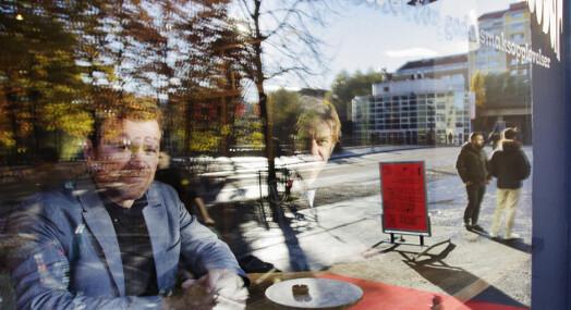 DN-journalistene Knut Gjernes og Kjetil Sæter dykket dypt ned i dokumenter i Boligbygg-saken, samtidig var feltjournalistikken særdeles viktig