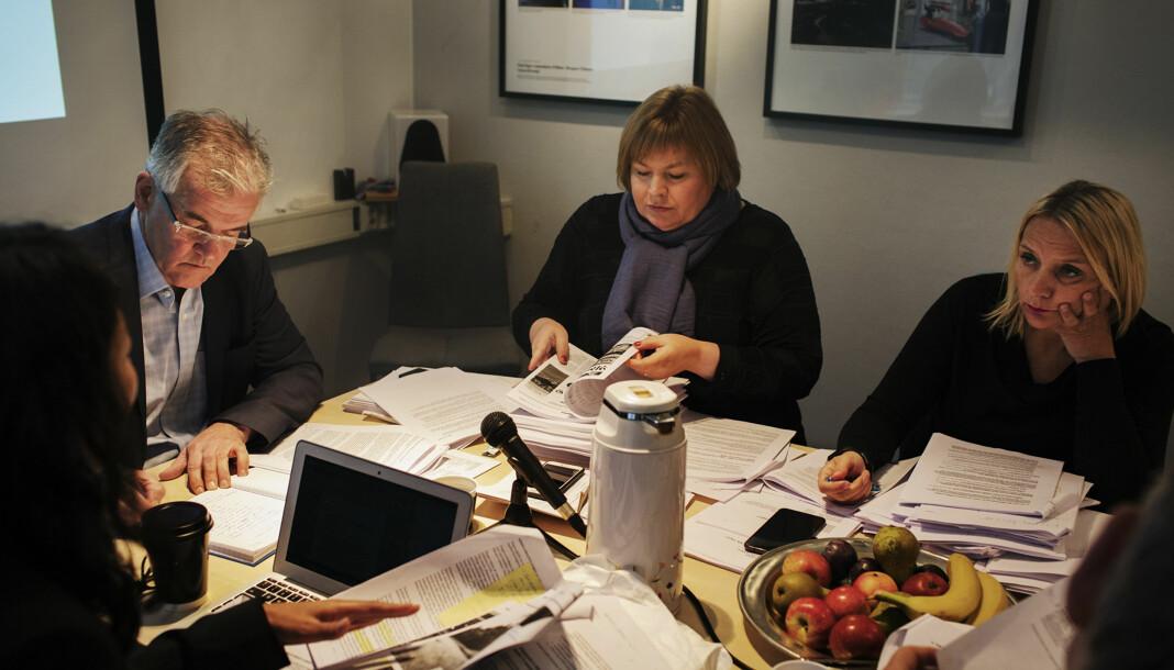 <p>Møte i Pressens Faglige Utvalg (PFU). Fra venstre Anne Weider Aasen, Alf Bjarne Johnsen, Elin Floberghagen og Nina Fjeldheim. Arkivfoto: Andrea Gjestvang</p>