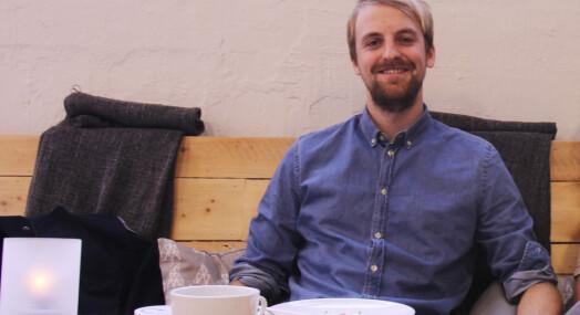 Fem år etter at han fikk sin første journalistpris, har Anders Fjellberg endelig landet fast jobb