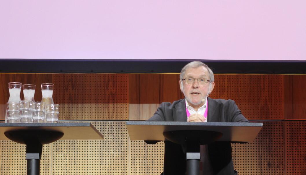 Harald Stanghelle taler under debatt på Medieleder-konferansen i Trondheim. Foto: Angelica Hagen