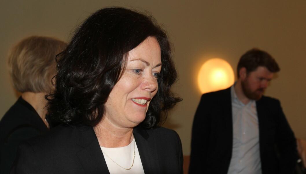 Barne- og likestillingsminister Solveig Horne på møtet med barnevern og presse. Foto: Angelica Hagen