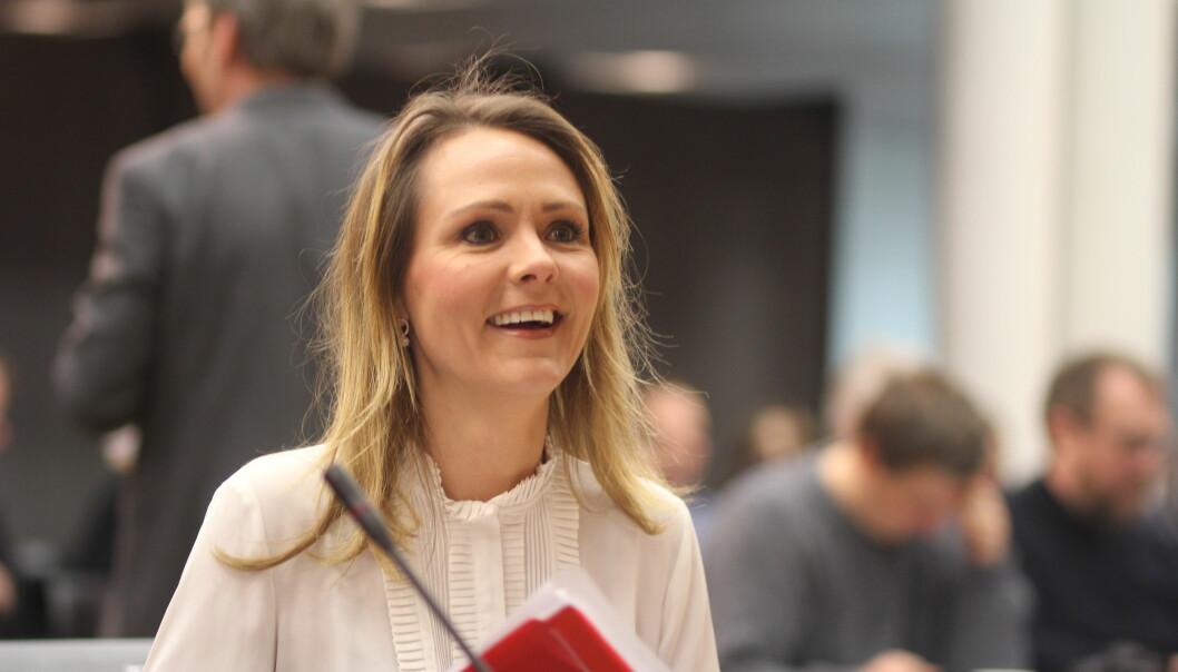 Kulturminister Linda Hofstad Helleland fra fremleggelsen av mediemangfoldsutvalgets rapport. Foto: Angelica Hagen