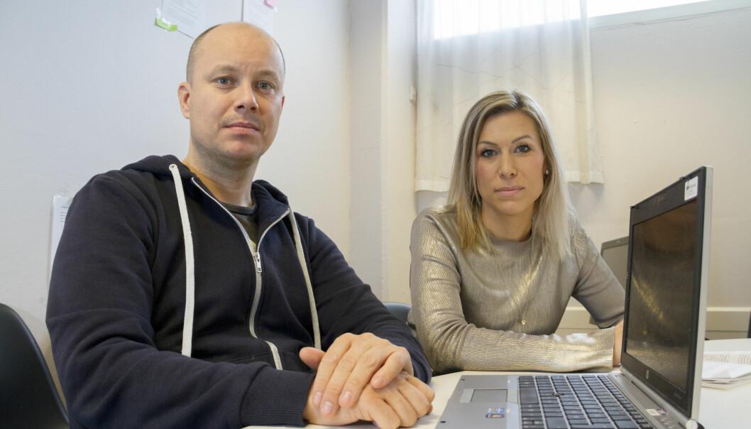 Journalistene Kim Nystøl og Liv Eva Welhaven Løchen. Foto: Asbjørn Odd Berge/NRK.
