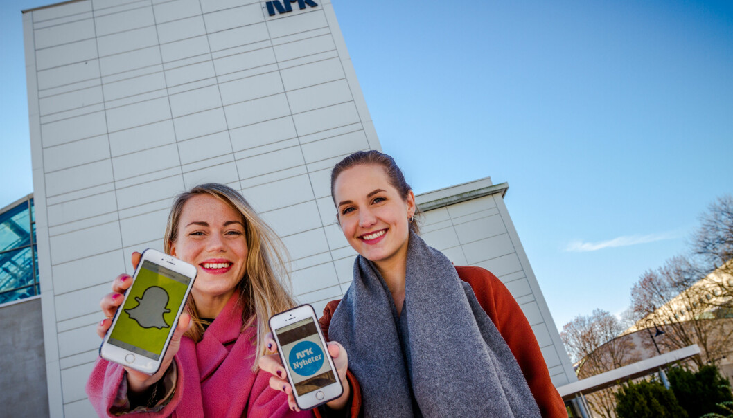 Journalistene Mari Reisjå og Ingrid Tinmannsvik har ledet Snap-arbeidet. Foto: Helge Carlsen/ NRK.