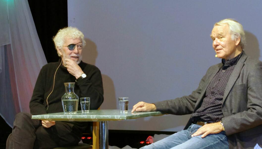 Medienes utvikling engasjerte under seminar på festivalen Transform i Trondheim. Odd Karsten Tveit (til venstre) og forfatter Peder Martin Lysestøl samtalte. Foto: Bjørn Lønnum Andreassen