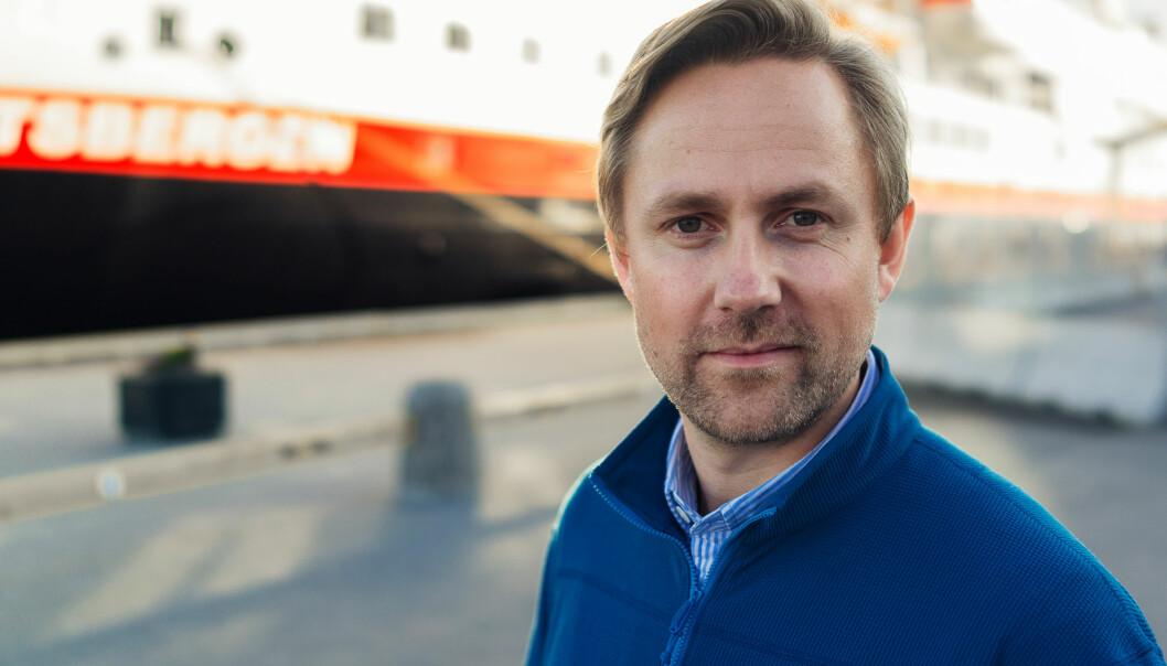 Nå skal han ikke lenger skrive om tidligere danskebåter i VG, men heller jobbe for et rederi. Rune Thomas Ege går til Hurtigruten. Foto: Hurtigruten
