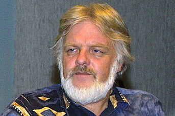 Jens Brun-Pedersen er kritisk til at Dagsrevyens Tomm Kristiansen holder morgenandakter på radioen
