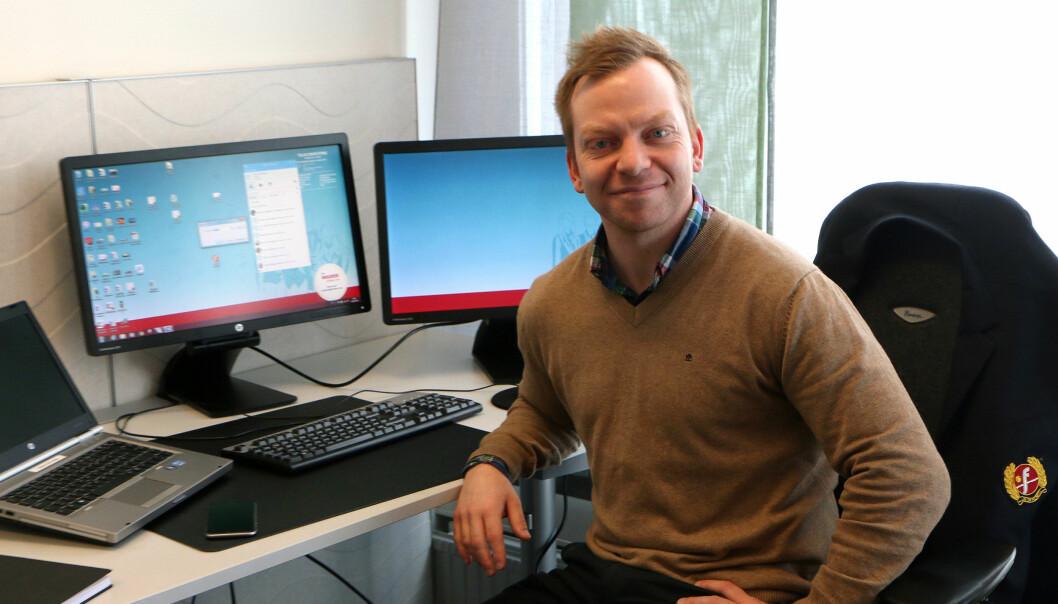 Jøran Kristensen på jobb i Fjord Lines kontor i Sandefjord, der de snart er fire tidligere kolleger i Sandefjords Blad.