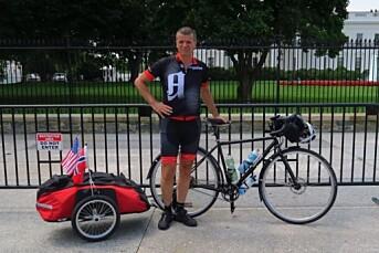 Gunnar Kagge sykler 10 mil om dagen på jobb for Aftenposten i USA