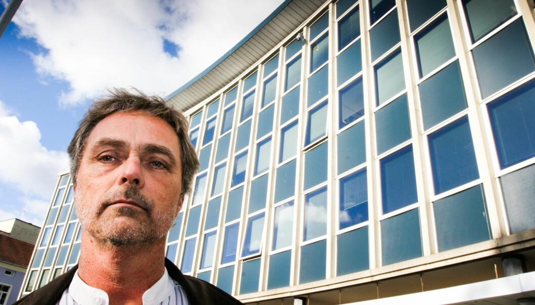 Sjefredaktør Carsten Bleness sier at skildringen av klærne til Havnelid nok ble for lang og detaljert. Foto: Martin Huseby Jensen