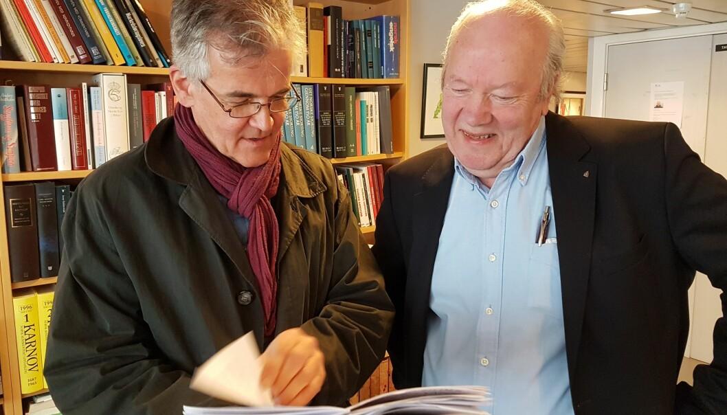 Nils E. Øy (til høyre) skal lede Presseforbundet fram til tilsetting av ny generalsekretær. Her sammen med PFUs leder Alf Bjarne Johnsen. Foto: Bjørn Åge Mossin