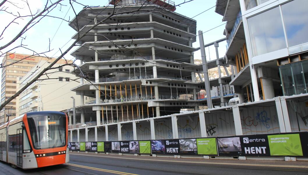Lars Hilles gate 30 der blant annet TV 2, NRK, Bergens Tidende og Bergensavisen skal flytte inn om ett år. Bildet er tatt under byggearbeidet i februar 2016. Foto: Glenn Slydal Johansen