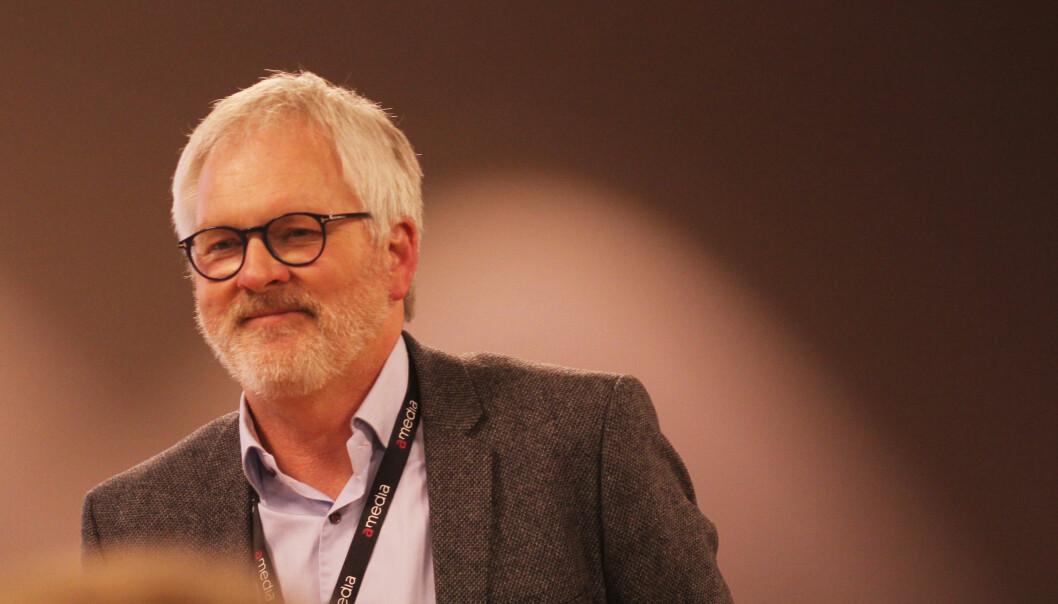 Amedia-direktør Stig Finslo peker på at annonseinntektene for dagspressen er mer enn halvert siden 2007.