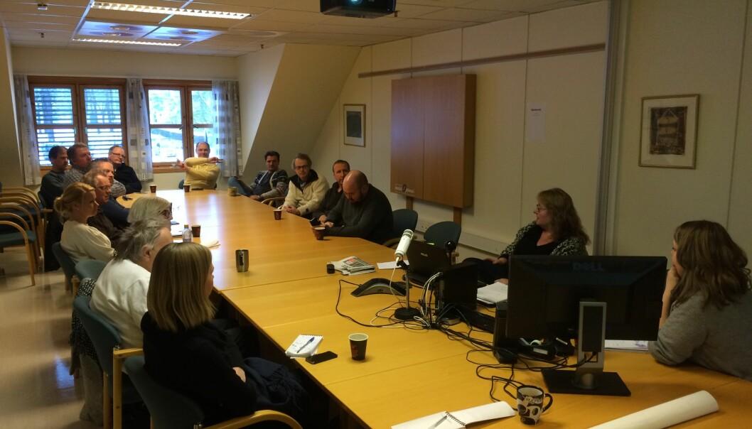 Redaksjonsklubben i Varden var samlet torsdag ettermiddag for å diskutere ledelsens forsikringskutt. Foto: Martin Øyvang