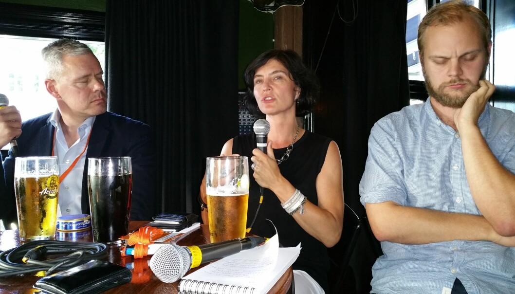 Per Valebrokk, Kjersti Løken Stavrum og Mimir Kristjánsson utvekslet både faglige og kuriøse poenger om norske mediers Hellas-dekning. Foto: Bjørn Åge Mossin
