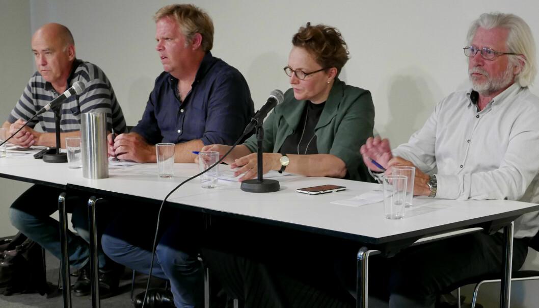 Debattmøte på Litteraturhuset i regi av NJ/frilans Oslo. Fv debattleder Paul Torvik Nilsen, Jon Wessel-Aas, Gry Egenes, Helge Øgrim. Foto: Lars Akerhaug.