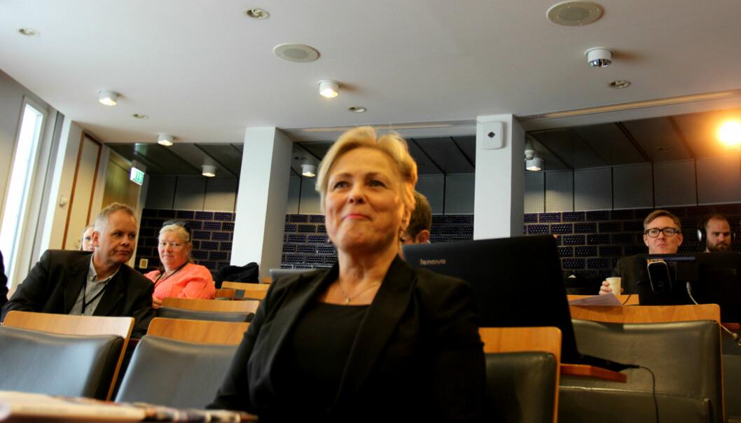 Kulturminister Thorhild Widvey la fredag fram regjeringens allmennkringkastingsmelding. Foto: Martin Huseby Jensen