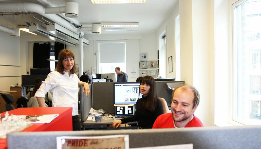 Ansvarlig redaktør Anna B. Jenssen (til venstre) i Morgenbladet. Foto: Martin Huseby Jensen