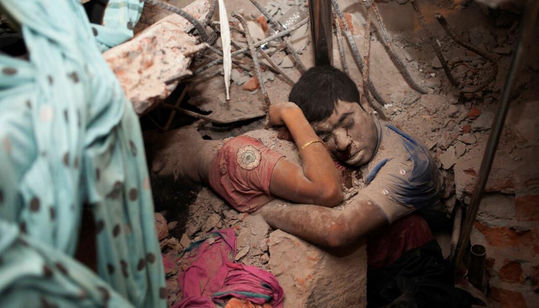 Taslima Akhters foto av det omfavnende paret fra Bangladesh er et av bildene fra de siste årene som sitter godt i hukommelsen.
