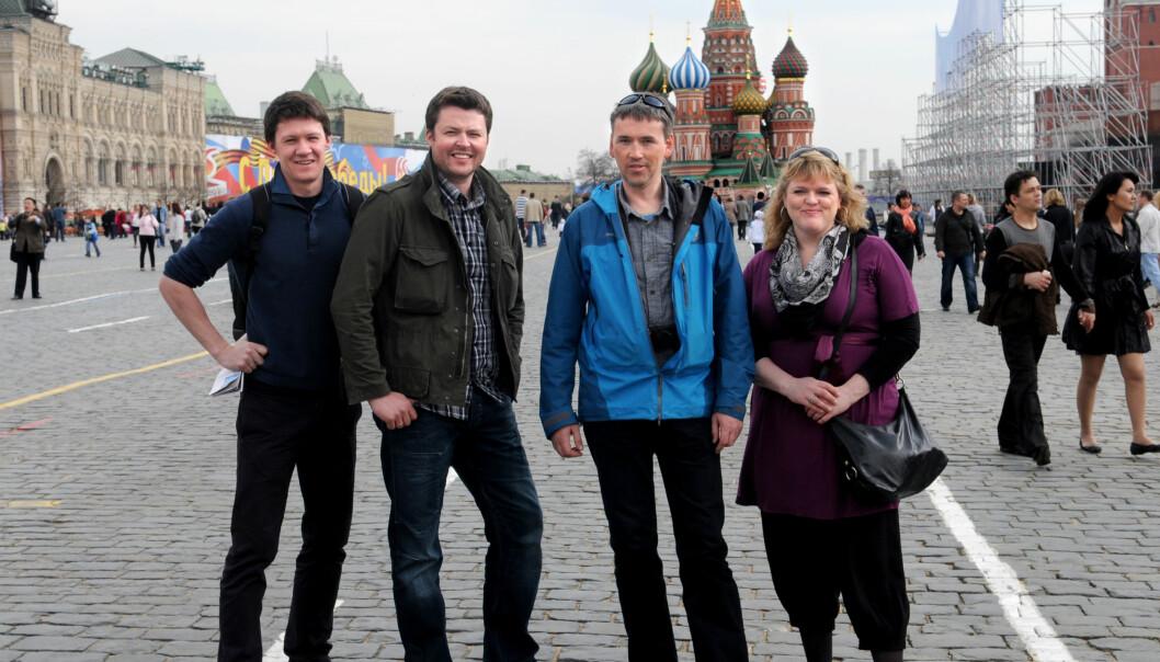 Barents Observer-redaksjonen med redaktør Thomas Nilsen (i blått) på besøk i Moskva for noen år siden. Foto: privat