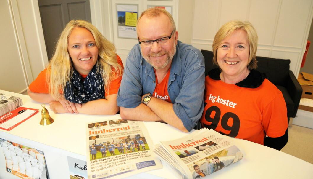 Redaktør Roger Rein og annonseakonsulentene Bodil Tyholt (t.v.) Turid Storvik er klare til å lansere den den nye avisa Innherred. Foto: Tor J. Friberg, Levanger-Avisa