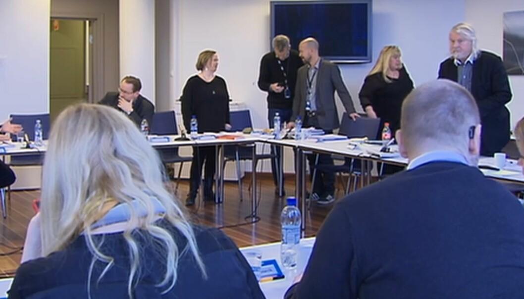 Kringkastingsrådet hadde 73 klagebrev på agendaen på sitt møte torsdag. Skjermdump fra NRKs streaming fra møtet.