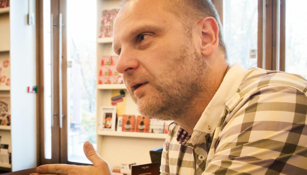 Slutter i BT: Frank Rossavik beveger seg over fjellet til Aftenposten. Foto: Kathrine Geard