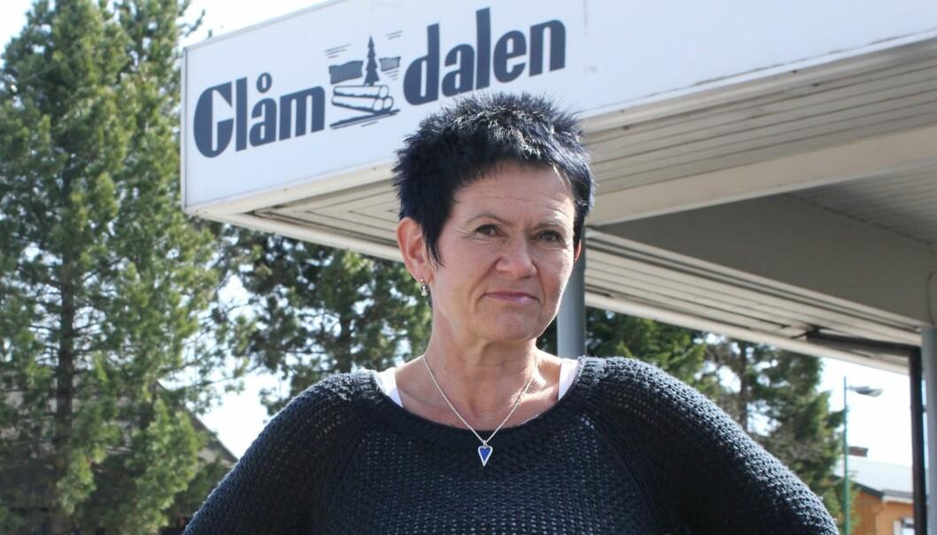 BETENKT: NJA-leder Britt-Ellen Negård mener sluttpakketilbudet fra Amedia må være et minimum, ikke et maksimum. Foto: Kenneth Mellem
