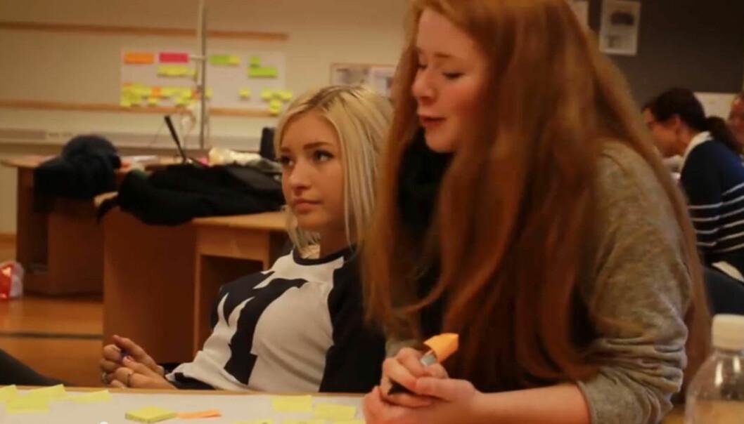 Skjermdump fra Pia Elise Solvik Dahls (til venstre) og Vilde Bratland Erikstads Youtube-søknad.