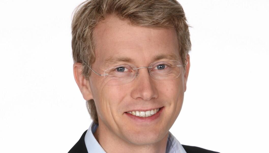 TV 2-sjef Olav Sandnes krever konkrete grep fra politikerne.