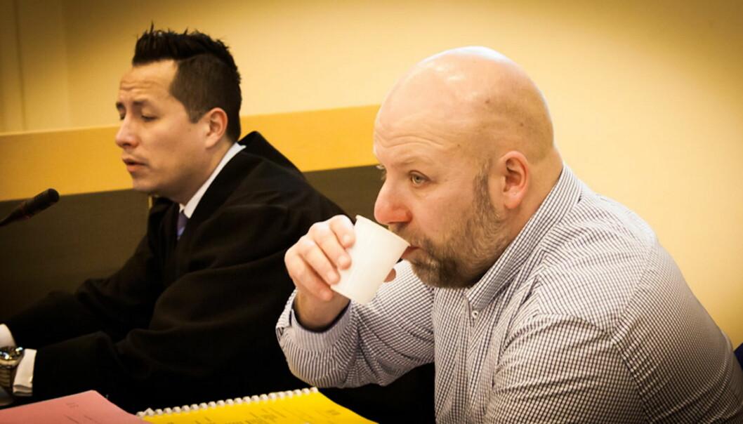 Erik Schjenken og hans advokat Carl Bore. Foto: Kathrine Geard