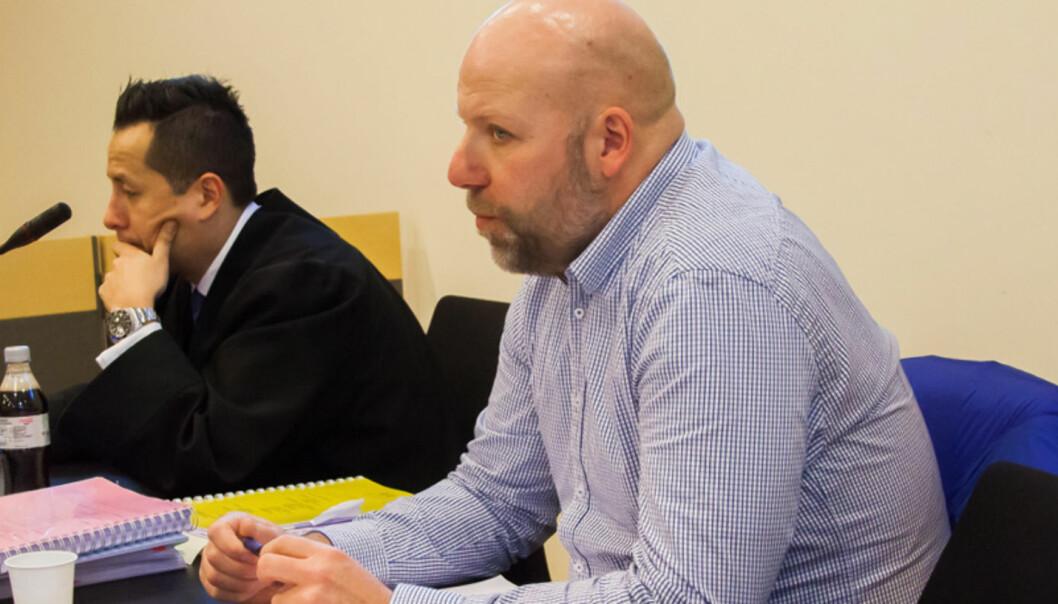 Erik Schjenken og hans advokat Carl Urquieta Bore. Foto:Kathrine Geard