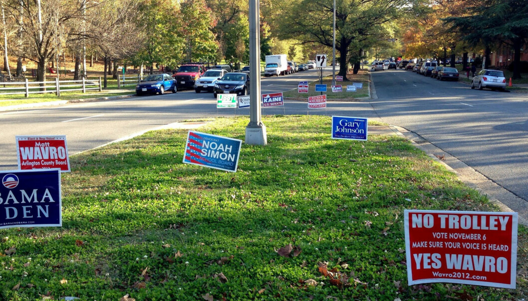 Amerikanerne skal velge om demokraten Barack Obama, republikaneren Mitt Romney eller fire andre partiers kandidater skal lede landet de neste fire årene. Foto: gemstone/Flickr.com