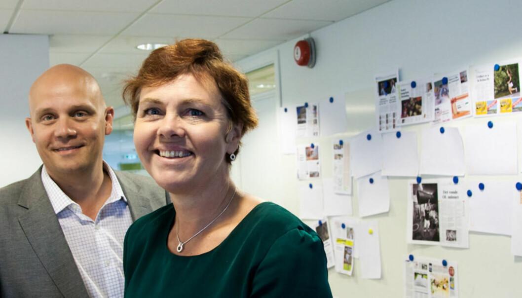 Redaktør Siri Zachariassen og administrerende direktør Helge Schjøth i ØB. Foto: Kathrine Geard