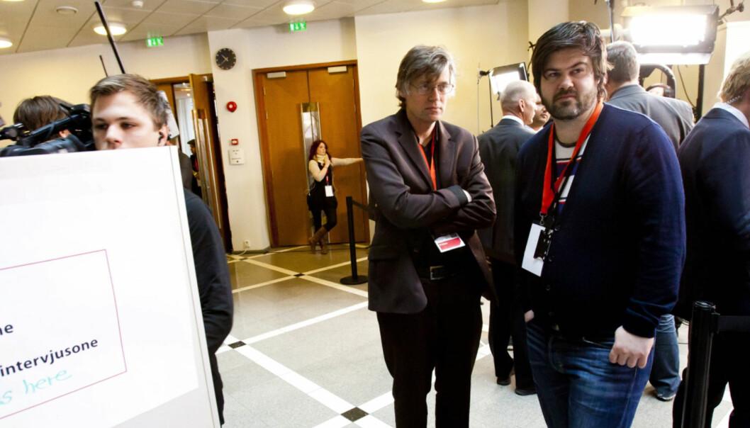 Intervjusonen i tinghuset. I midten VG-kommentator Anders Giæver. Foto:Kathrine Geard
