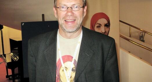 Arne Blix trekker seg