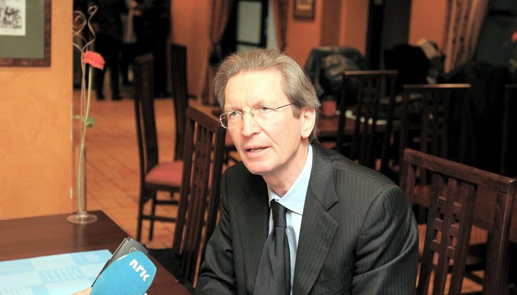 David Montgomery  går av som konsernsjef i januar.