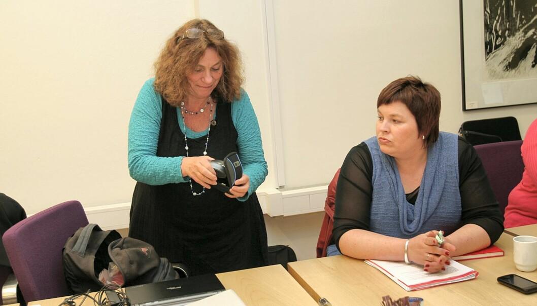Forhandlingsleder Bente Sabel og NJ-leder Elin Floberghagen. Foto: Birgit Dannenberg