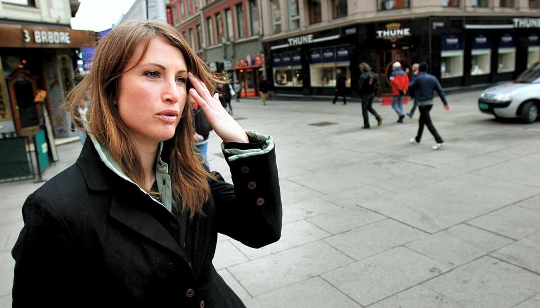 Eva Sannum får skryt av Anders Cappelen. Foto: Kathrine Geard