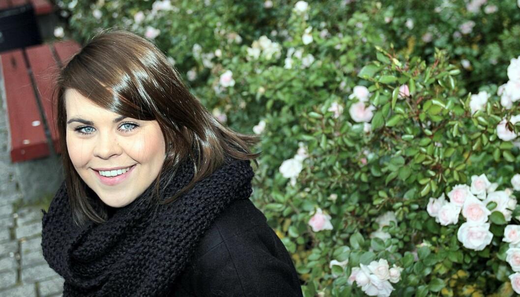IDENTITET: Medieviter Karoline Tømte har skrevet masteroppgave om bloggernes virkelighet. Foto: Birgit Dannenberg