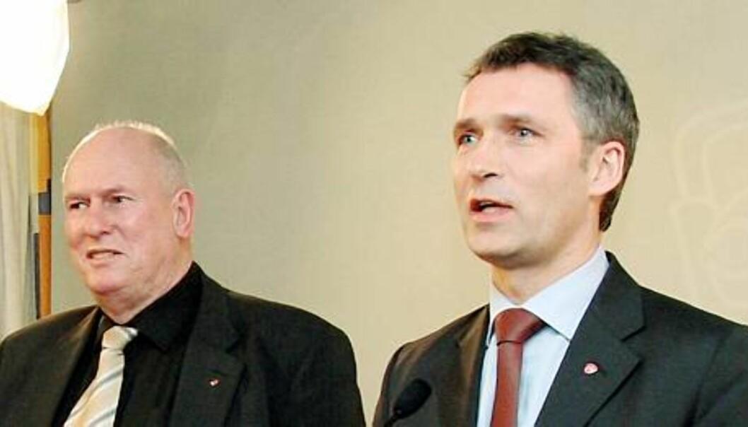 LO-leder Roar Flåthen og statsminister Jens Stoltenberg. Foto: Birgit Dannenberg
