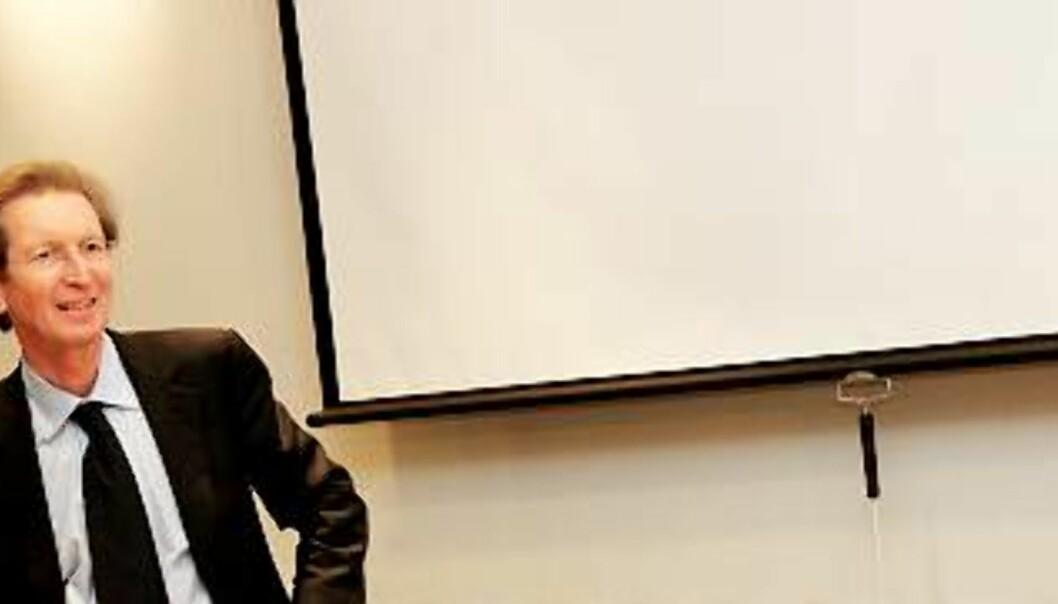 F.v. nestleder Lars Døvle Larsen i konsernlaget NJE, Mecom-sjef David Montgomery og Carine Johansen, leder for konsernlaget NJE. Foto: Birgit Dannenberg