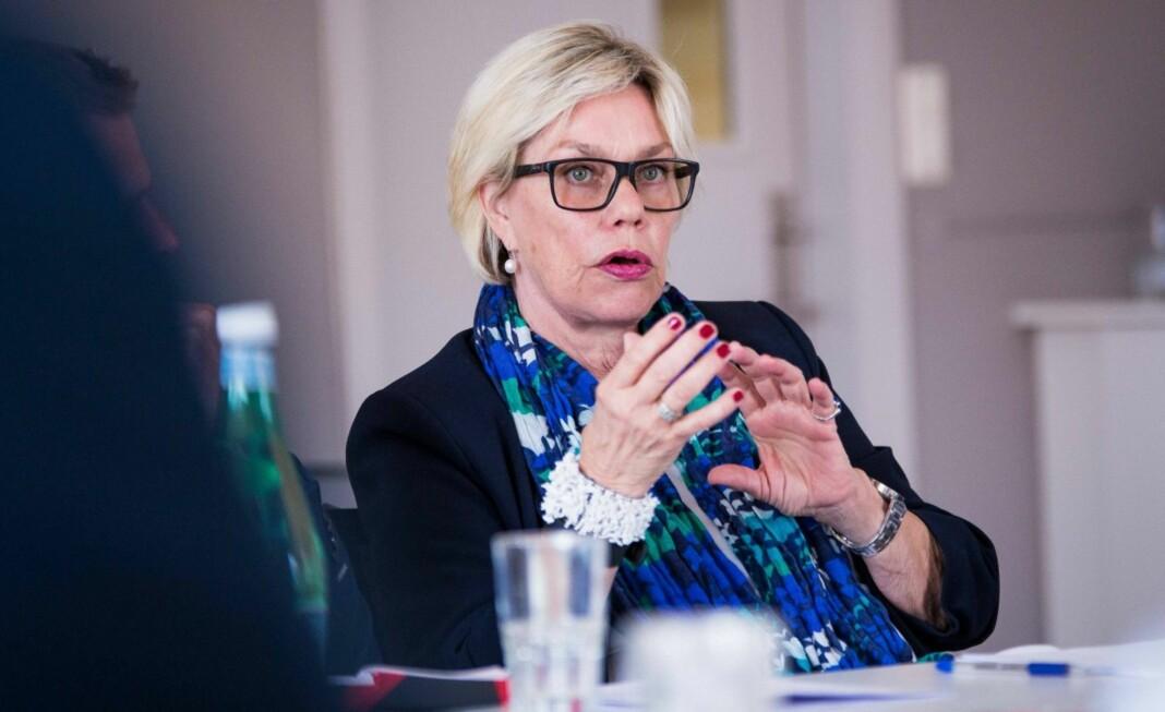 Professor emerita Fanny Duckert ved Universitetet i Oslo har forsket på virkningene av medienes søkelys. Foto: Ola Sæther, UiO