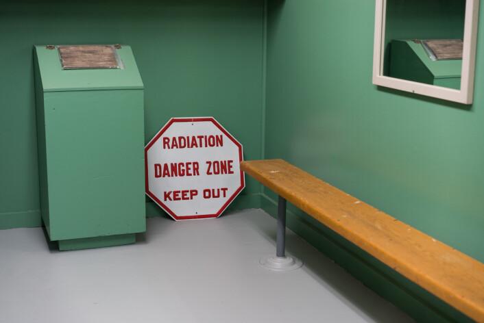 Et originalt skilt fra Hanford Site til advarsel for ansatte og besøkende om den potensielle faren. Foto: Sim Chi Yin